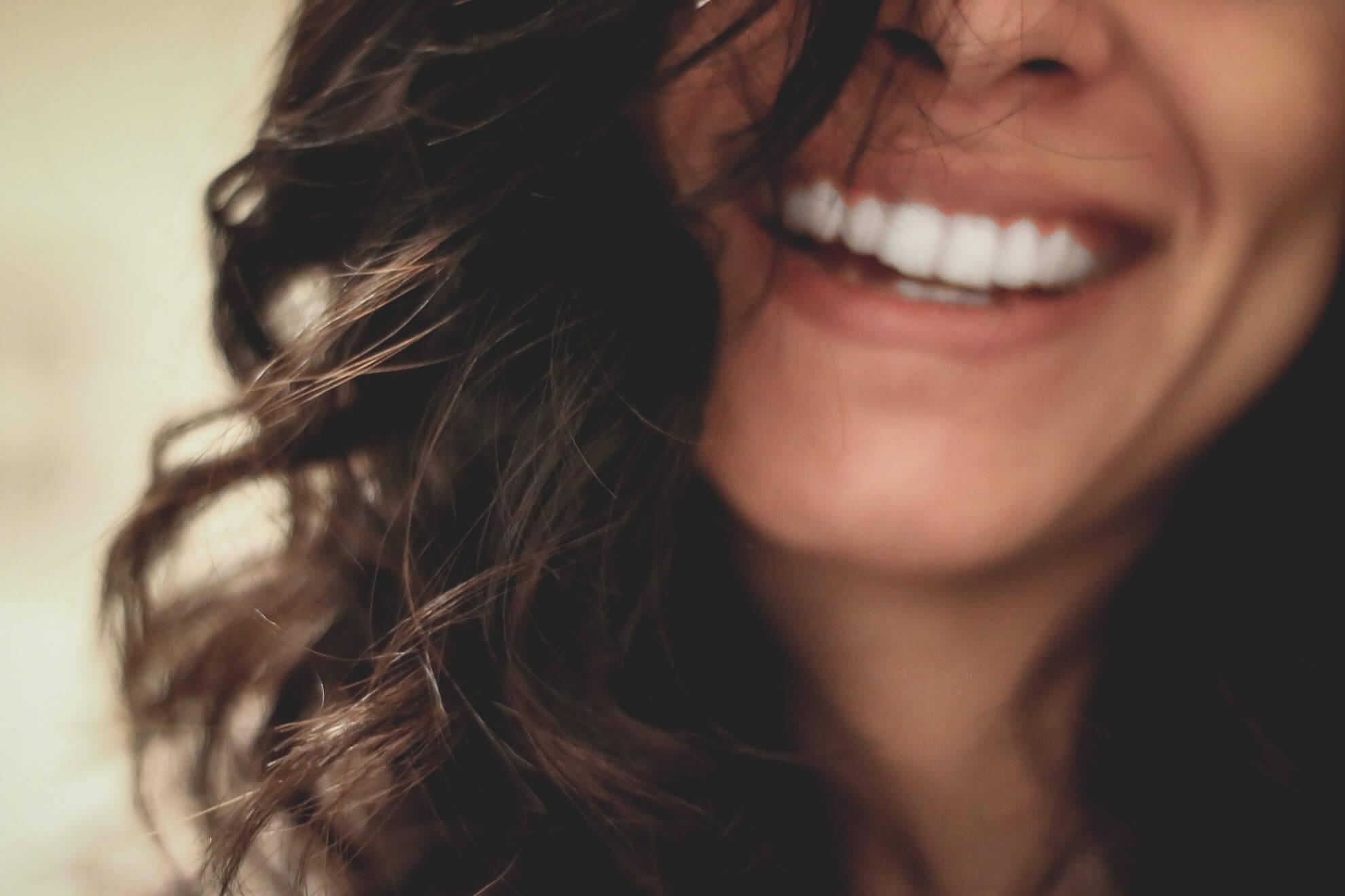 Clinica stomatologica fatete dentare