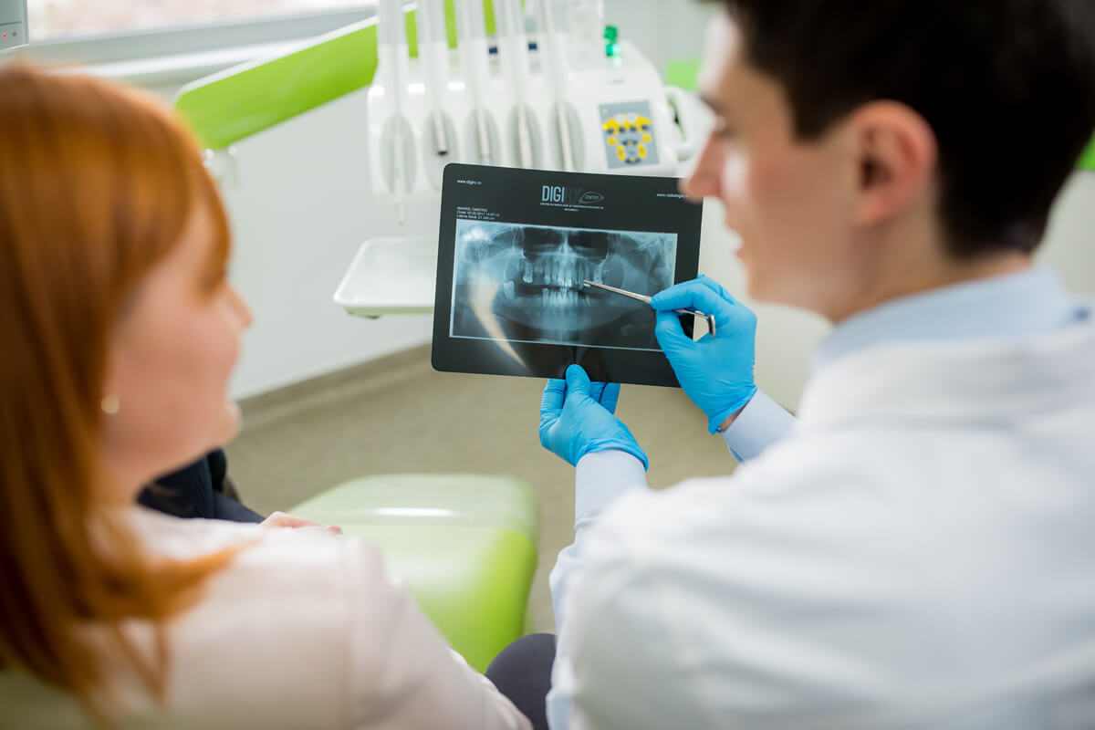 Dinti extrasi – complicatii inlocuire| Dental Excellence