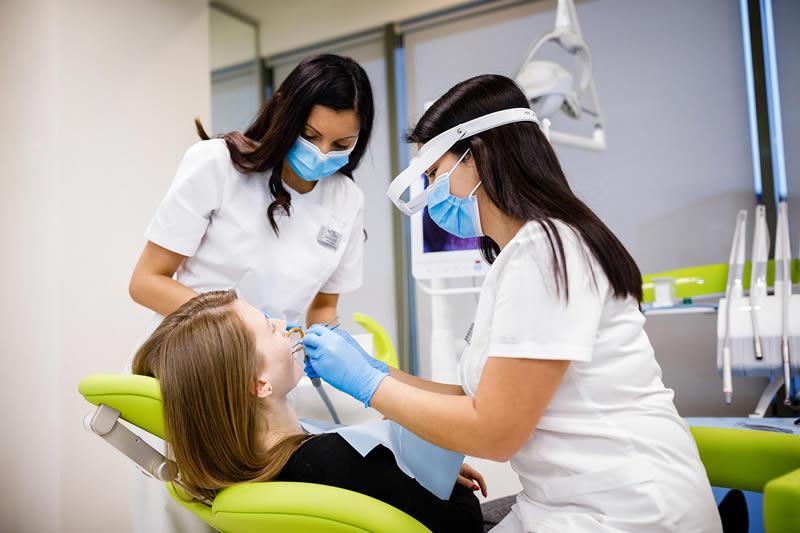 Extractie dentara | Dental Excellence